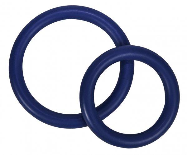 Zwei dehnbare blaue Penisringe Ø 3 cm und 4 cm