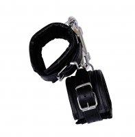 Vorschau: Handfesseln aus schwarzem Leder