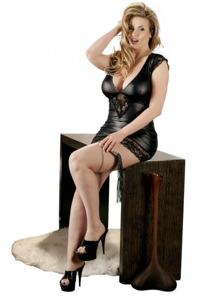 Wetlook Kleid - Plus Size
