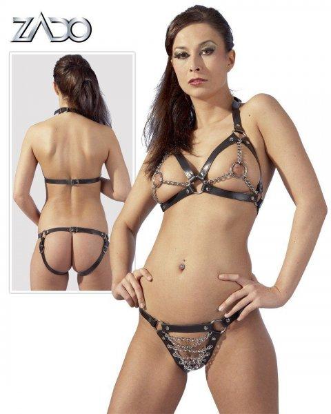 Schwarzer Leder-Bikini mit klirrenden Metallketten